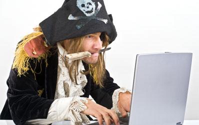 [Image: 0805_online-video-piracy_398x250.jpg]